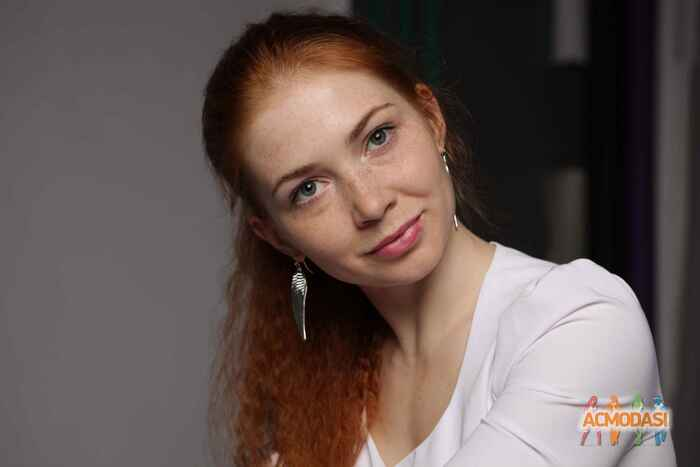 Ирина ильченко типы теории моделей социальной работы