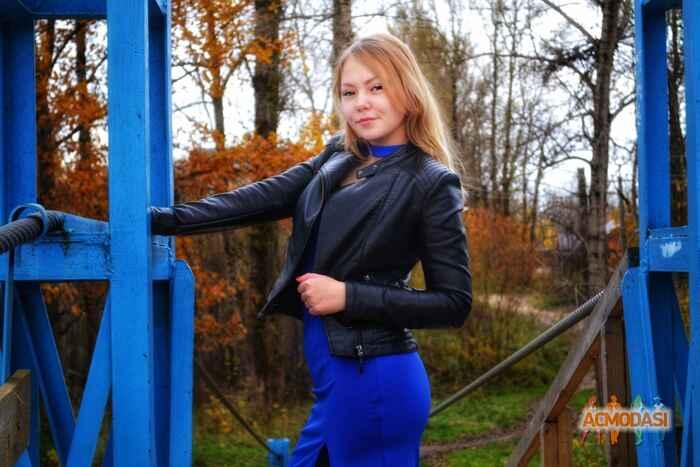 Модель Елена Пронина из Кривой Рог: тусовки - Podium.IM | 367x550